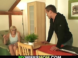 He Bangs Old Mummy In Law Right On The Table
