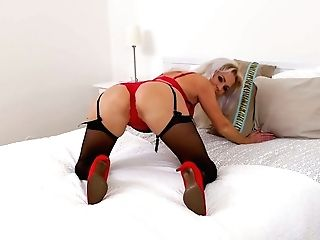 Sexy Lady In Crimson Kathy Anderson Is Masturbating Adorable Fuckbox