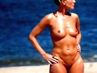 Matures Mummy Naked On The Beach