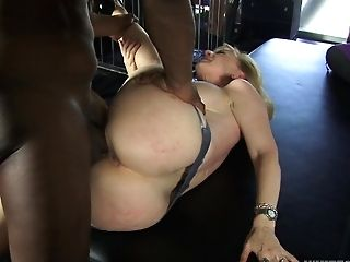 Milky Matures Lady Is Fond Of Her Fresh Black Paramour And His Ample Black Trunk
