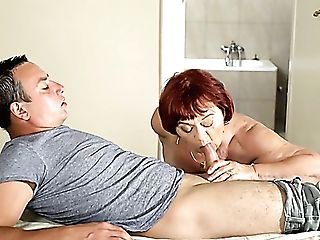 Matures Nymphomaniac Marsha Seems Indeed Into Sucking Delicious Schlong