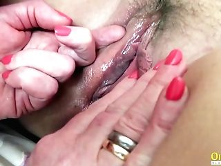Oldnanny Huge-chested Brit Matures Lezzies Playing