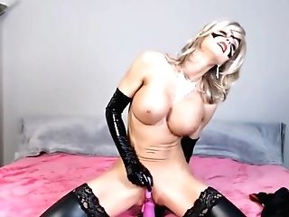 Bigtits Blonde Cougar Wear Mask