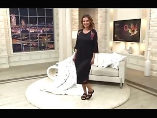 Cougar In Brassiere   Underpants - Teleshopping